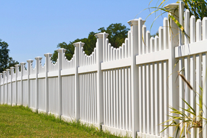 Local Vinyl and PVC Fencing Contractors