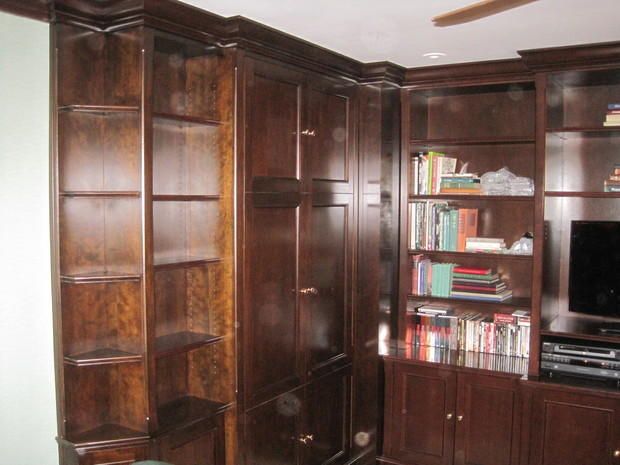 Traditional Living Room in Woodstock - crown molding ...