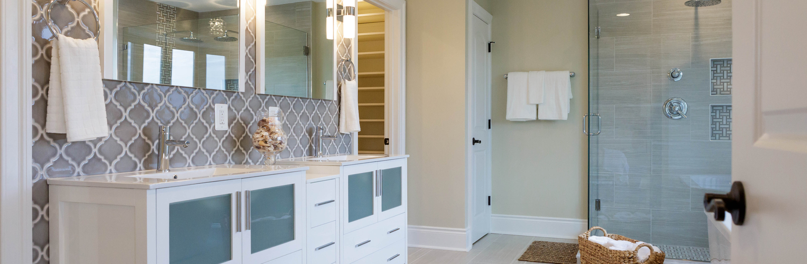 Transitional Bathroom with bright and refreshing