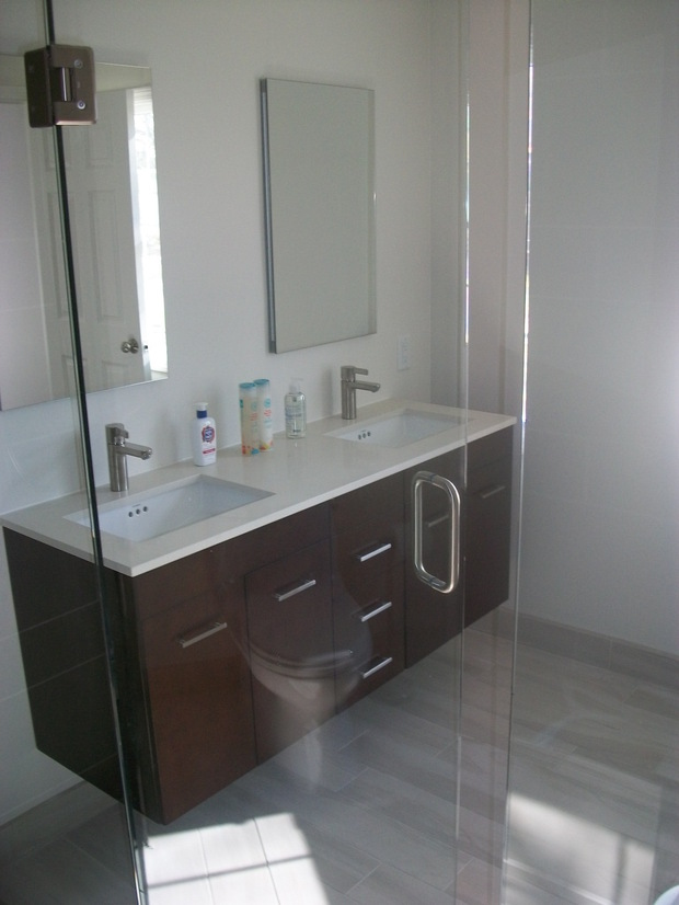 Contemporary bathroom in birmingham flat panel cabinet for Bathroom design birmingham