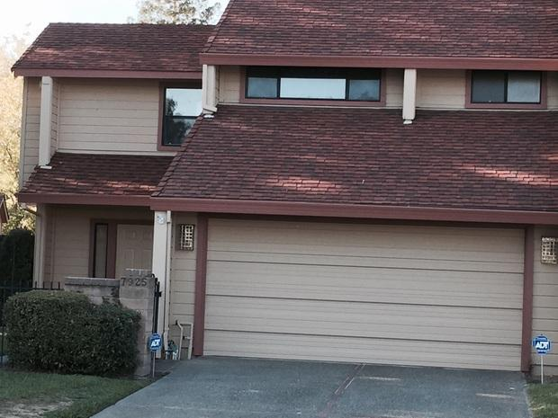 Traditional Home Exterior In Rancho Cordova Beige Lap Siding Two Story Home Exterior By