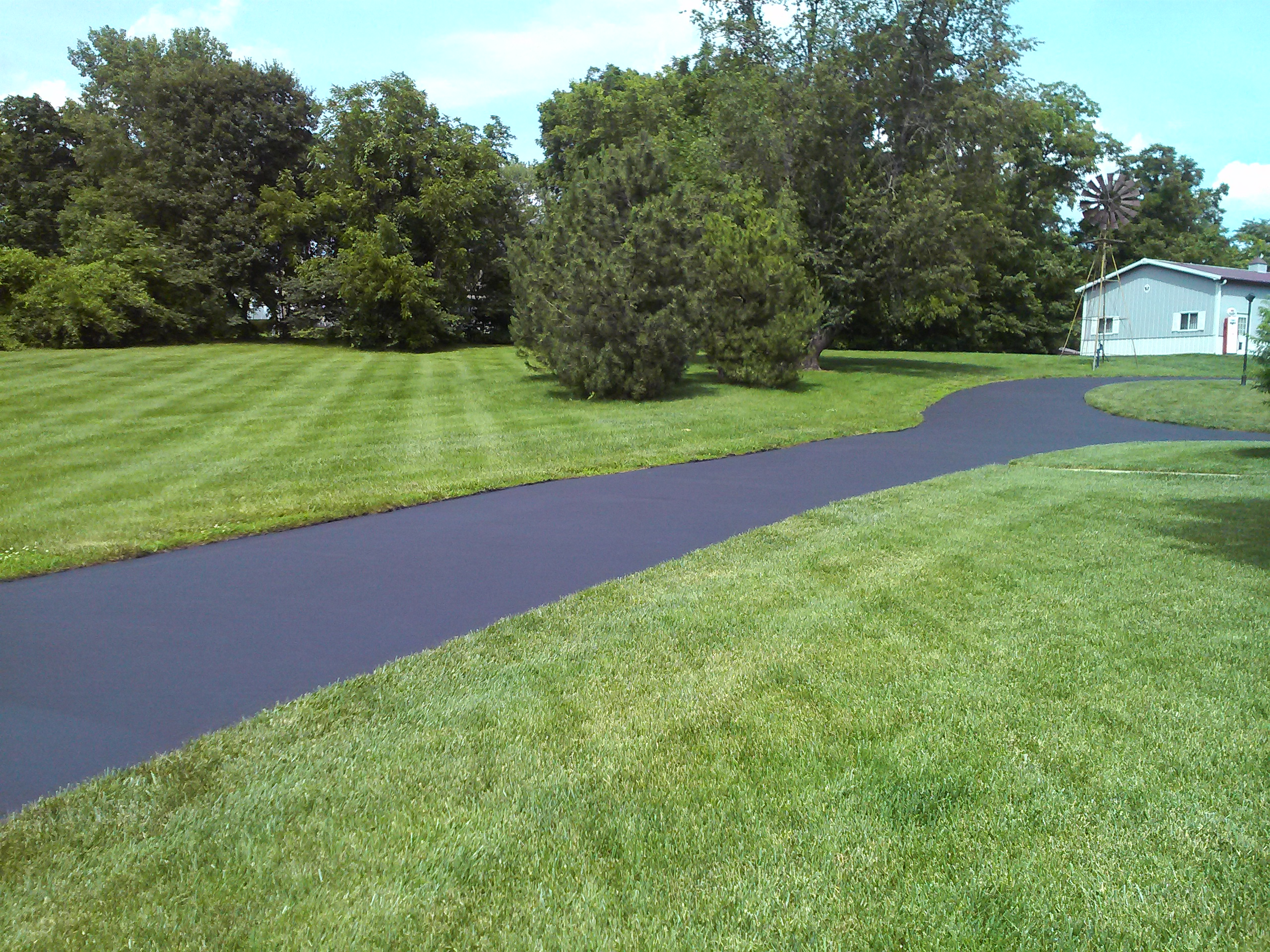 2017 asphalt paving costs install resurface replace prices