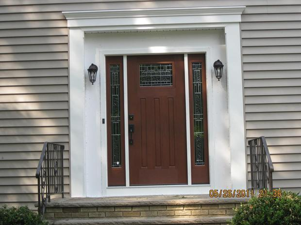 Home exterior in flushing side door cut glass panels for Solid core exterior door with window