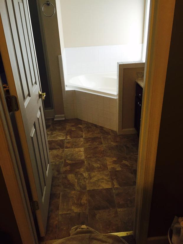 Casual Comfortable Bathroom In Woodbridge Corner Tub Walk In Private Shower By Ascencio