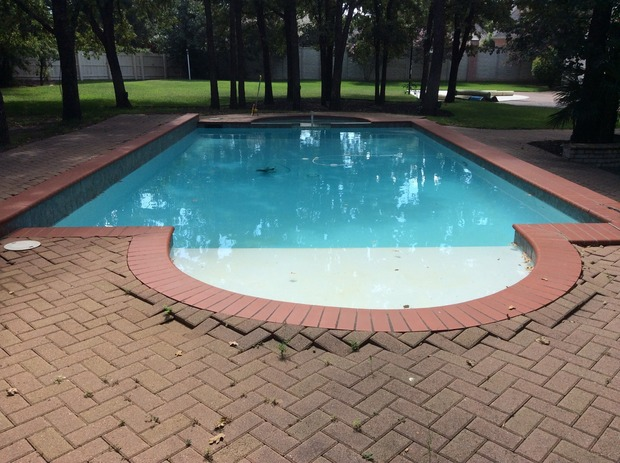 Contemporary Pool In Dallas Grass Brick Paved Patio By America 39 S Swimming Pool Co Of Dallas