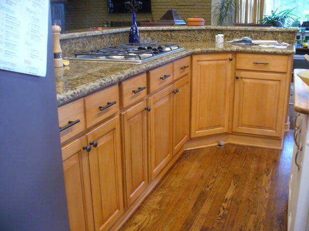 Traditional Kitchen In Roanoke Raised Panel Cabinets