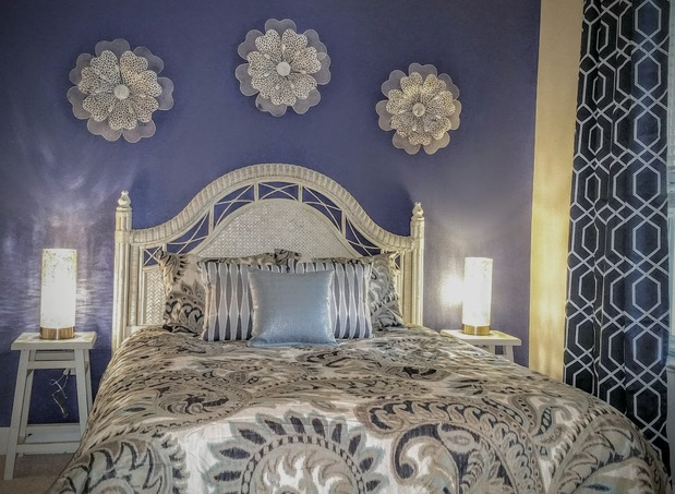 Art Deco Bedroom In Palm Coast Paisley Bedcover Faux