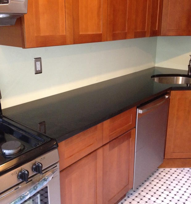 Contemporary kitchen in brooklyn black cabinet for Modern kitchen designs brooklyn ny