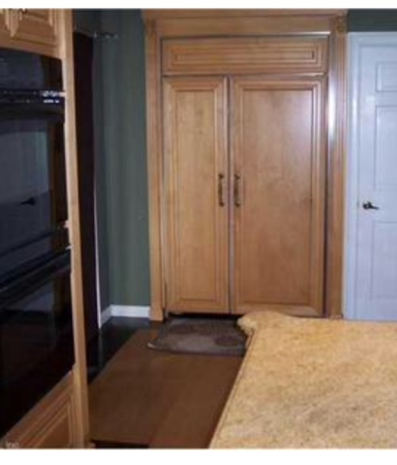 Transitional Kitchen In Waterbury Hardwood Flooring Light Counters By Handy Andy