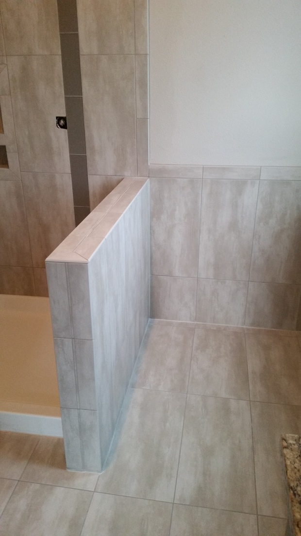 Transitional bathroom in tacoma ceramic tile floor for Bathroom remodeling tacoma wa