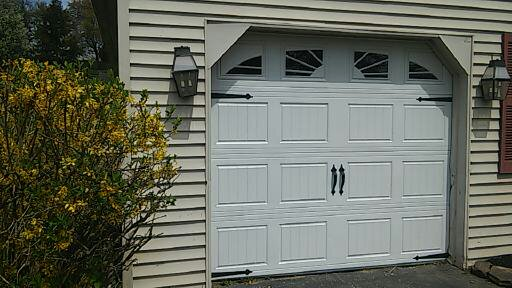 Arts crafts garage in norristown 4 panel garage door for Arts and crafts garage