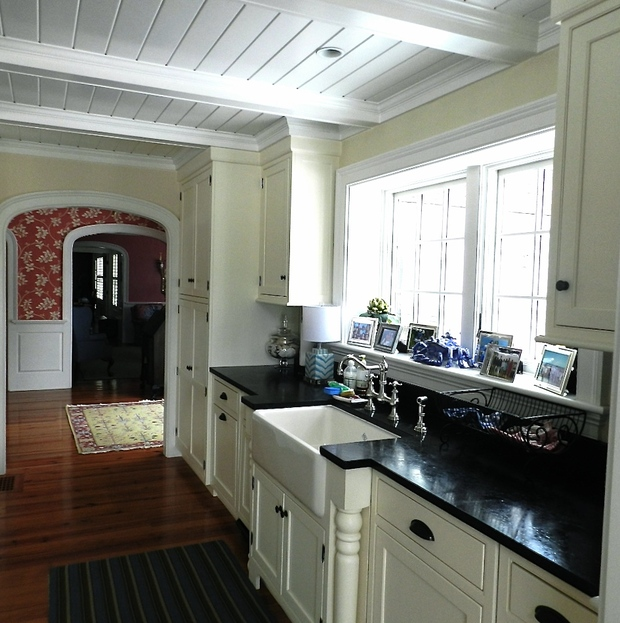 Cottage Kitchen In Alexandria Coffered Ceiling Hardwood Floor By Anne O 39 Connor Interiors