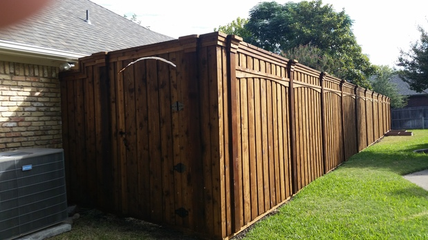 Traditional Landscape In Denton Privacy Fence Wood Gate By Texas Fence A