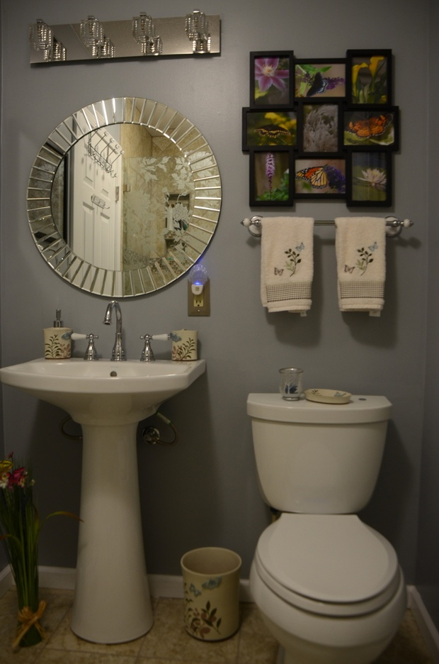 Transitional Bathroom In Dayton Eclectic Two Piece Toilet By Sp General Contractors Llc