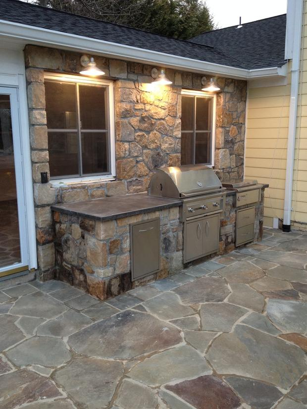 Contemporary Outdoor Kitchen In Brunswick White Trim
