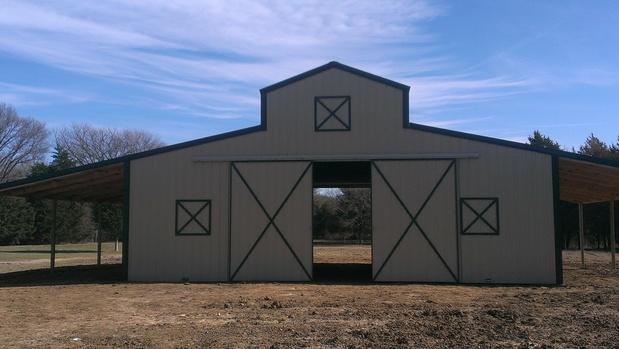 Rustic Barn In Wills Point Tan Metal Barn Green Metal