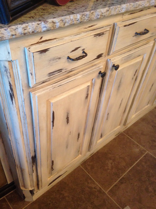 Rustic Kitchen In Oklahoma City Raw Edge Granite Glazed