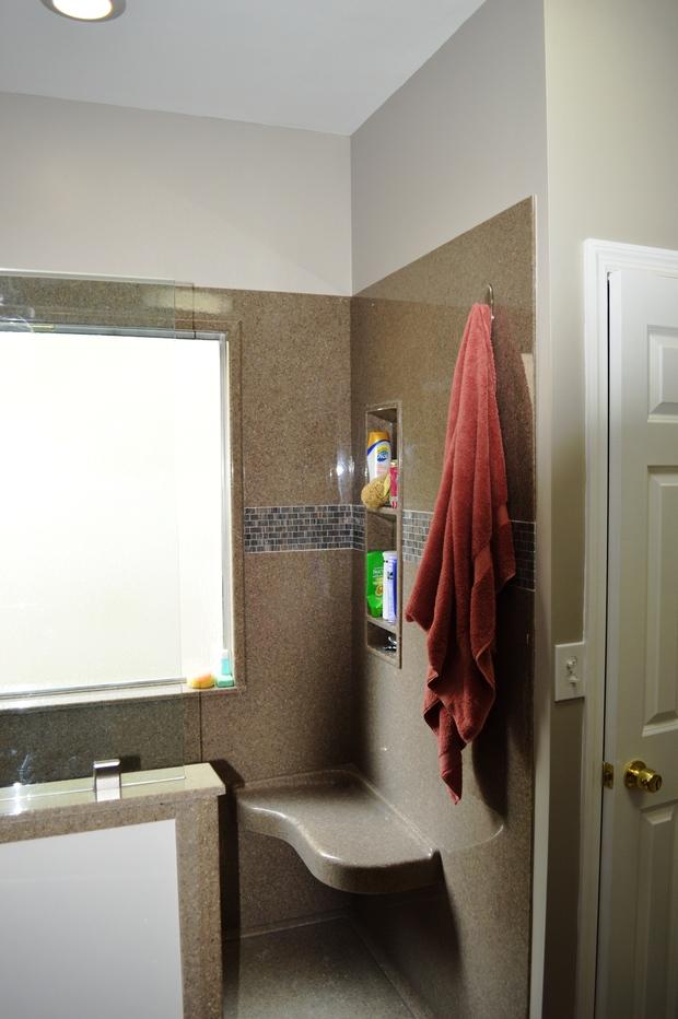 Modern Bathroom In Nashville White Trim Shower Seat By Granite Transformations Of Nashville