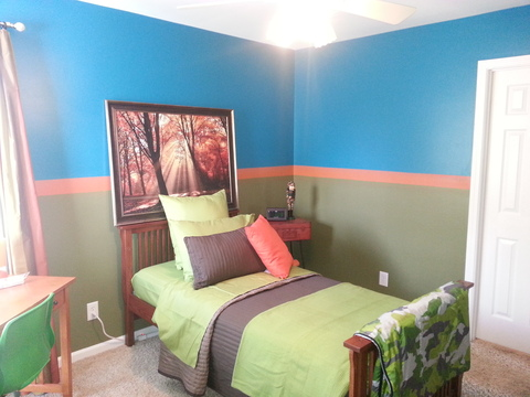 Modern Kids Room with craftsman style bedstead