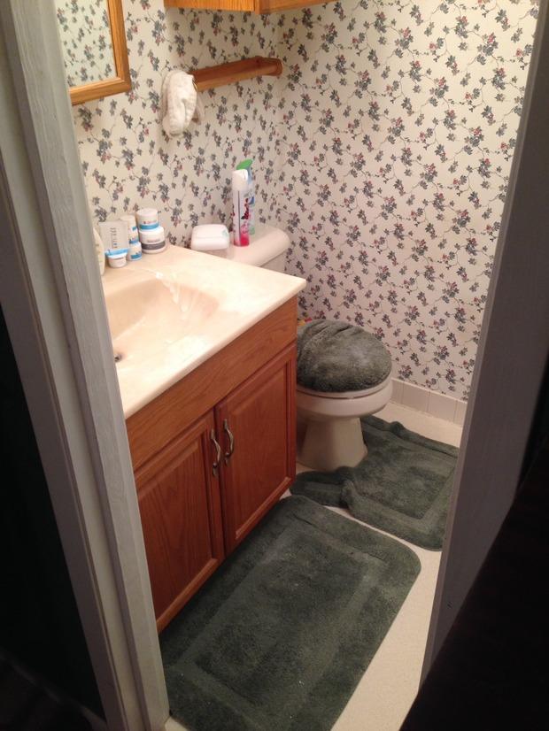 Traditional bathroom in beaumont beige tile flooring for Bathroom remodeling beaumont tx