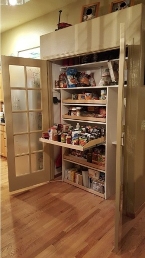 Contemporary Pantry In Meridian Full Extension Drawers