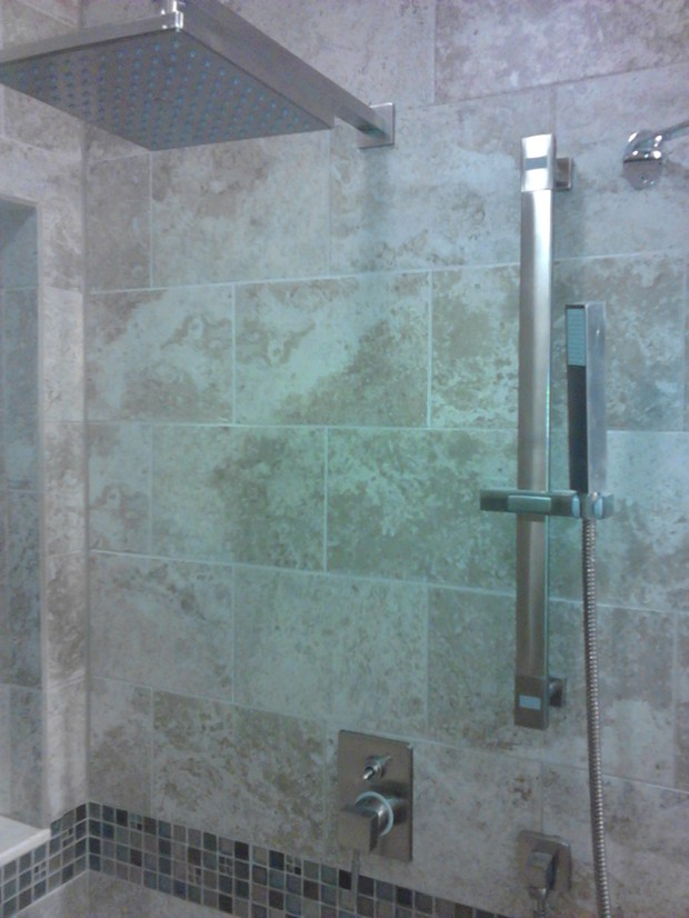 Traditional Bathroom In Hialeah Rain Flow Shower Head