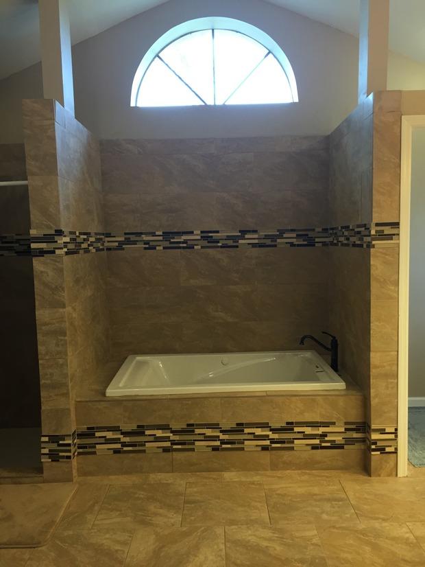 Casual Comfortable Bathroom In Cape Coral Master Bathroom Jetted Tub By Leon Almeida