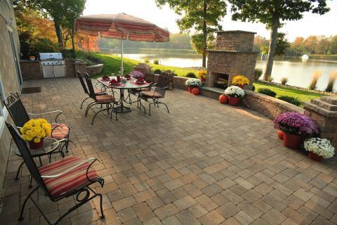 Lodge Patio with outdoor dining table with chairs