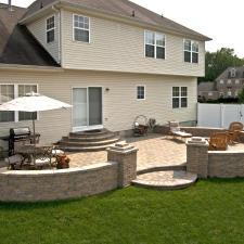 Traditional Patio with stainless steel grill