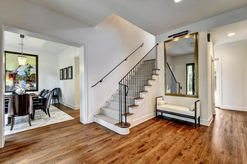 Transitional Entry with wall mount banister rail