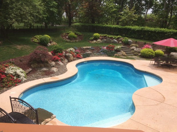 Casual Living Pools : Casual / Comfortable Pool in Mahopac - pool patio, trimmed ...
