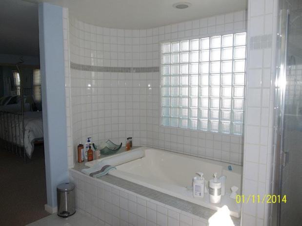 Casual comfortable bathroom in ventura drop in tub for Bath remodel ventura
