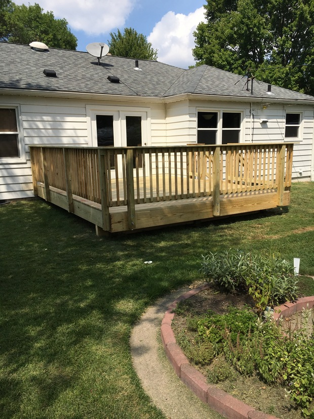 Traditional Deck In Peoria Deck Railing Gray Asphalt