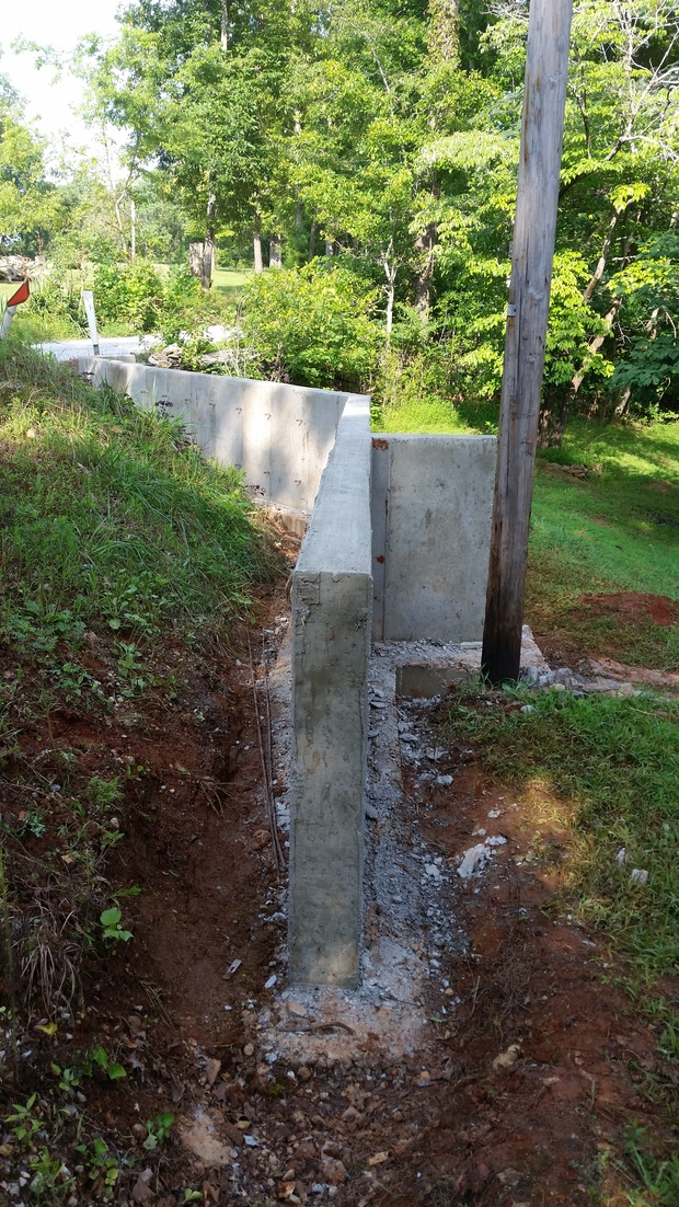 Concrete Buttress Wall Design : Traditional landscape in lawrenceburg buttress wall