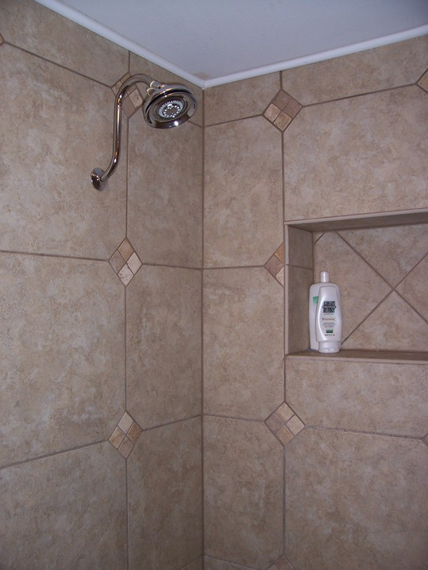 Traditional Bathroom In Peoria White Crown Molding Walk