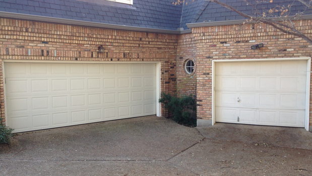 Garage doors plano garage door installations in plano tx for Garage door repair plano