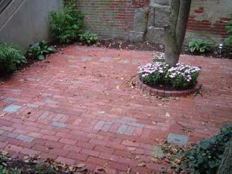 south end courtyard pictures and photos