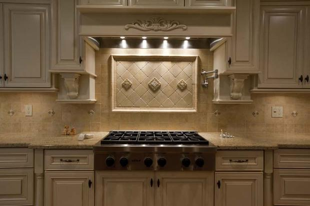 Colonial Kitchen In Yorktown Heights Ceramic Tile