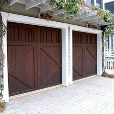 Charmant Garage Doors