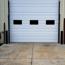 Taller Door