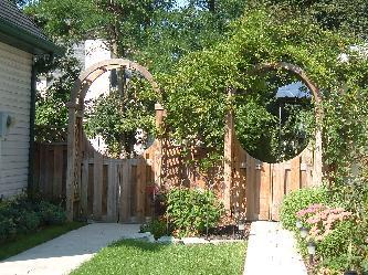 Arbor With Double Swing Gates Pictures And Photos