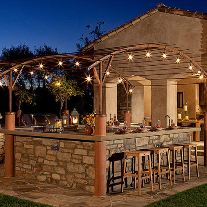 Southwest style outdoor kitchen
